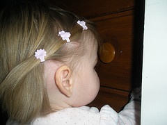 Girl with 3 hair bows